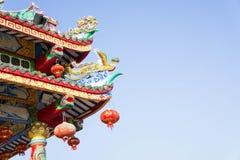 Kinesisk tempel och himmel, kinesisk kultur arkivfoto