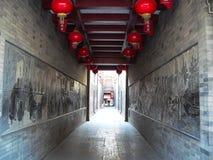 Kinesisk tempelkorridor arkivbilder