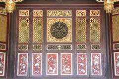 kinesisk trämotivdelning Arkivfoto