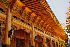 Kinesisk träskulpturbyggnad Royaltyfria Foton