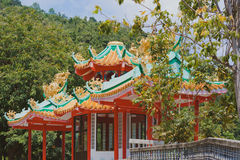 Kinesisk traditionell tempel i Thailand Royaltyfria Bilder