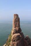 Kinesisk udde av bra hopp på sjösidan av ChengShanTou Fotografering för Bildbyråer