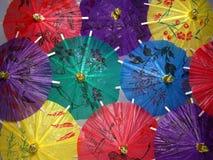 kinesiska färgrika paraplyer Royaltyfria Foton