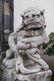 Kinesiska imperialistiska Lion Statue, kinesiska förmyndarelejon Fotografering för Bildbyråer
