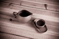 kinesiska koppar danade gammal tea Arkivbilder