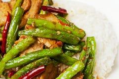 Kinesiska mat-Rad bönor och meat Arkivfoto