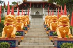 Kinesiska tempellejon, kinesiska trädgårdar, Singapore Fotografering för Bildbyråer