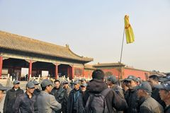 Kinesiska turister i beijing Royaltyfria Bilder