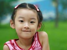 kinesiskt barn little leende Arkivbilder