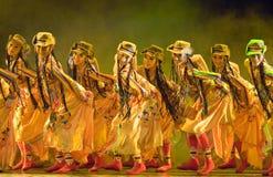 kinesiskt dansfolkfolk arkivfoto