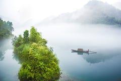 Kinesiskt fiske för vindlandskaplandskap Royaltyfria Bilder