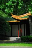 Kinesiskt forntida trädgårds- hörn royaltyfri bild