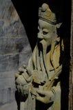 Kinesskulpturer i tempel royaltyfri foto