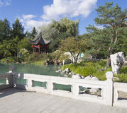 Kinesträdgård på den Montreal botaniska trädgården Arkivfoto
