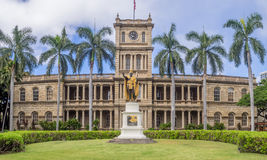 King Kamehameha I Statue, Ali iolani Hale. HONOLULU, HI - AUG 6: King Kamehameha I Statue, by Thomas Gould, on August 6, 2016 in Honolulu, Hawaii. It is in front Royalty Free Stock Images