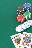 King and queen cards and poker chips Stock Photos