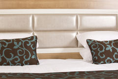 King sized bed in a luxury hotel Royalty Free Stock Photo