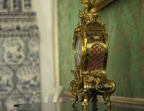 King& x27; guld- klocka för s Arkivbild
