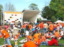 Kingsday in Holland, Sinaasappel en muziekoverleg royalty-vrije stock foto's