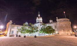 Kingston City Hall, Ontario alla notte fotografia stock