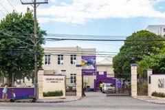 Kingston College All Boys High skola i Jamaica arkivfoto