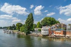 Kingston på Themsen royaltyfria foton