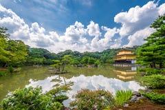 Kinkaku籍寺庙在京都,日本 库存图片