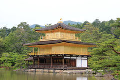 Kinkaku -kinkaku-ji of Rokuon -rokuon-ji, beroemd Zen Buddhist Temple, in Kyoto, Royalty-vrije Stock Afbeeldingen