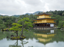 Kinkakuji świątynia & x28; Złoty Pavilion& x29; Obraz Royalty Free