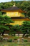 Kinkakuji, der goldene Pavillion stockfoto
