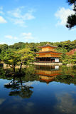 Kinkakuji-Schloss Lizenzfreies Stockbild