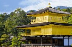 Kinkakuji-Tempel lizenzfreie stockbilder