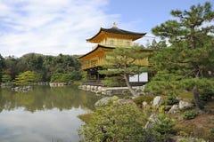 Kinkakuji tempel Fotografering för Bildbyråer