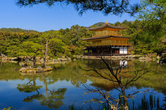 Kinkakuji tempel, Kyoto i Japan Royaltyfri Bild