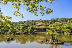 Kinkakujitempel het Gouden Paviljoen Royalty-vrije Stock Afbeeldingen