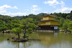 Kinkakujutempel (Gouden Paviljoen) in Kyoto, Japan royalty-vrije stock foto