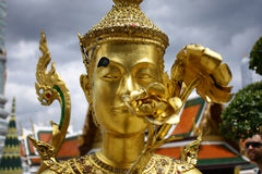 Kinnaree de oro Fotos de archivo