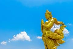 Kinnaree: Die halbe Frau des mythischen halben Vogels Lizenzfreie Stockfotos