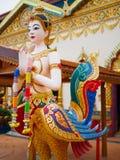 Kinnari ist Halb-Vogel - Halbfrauengeschöpf an der südostasiatischen buddhistischen Mythologie Lizenzfreie Stockbilder