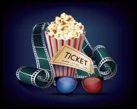Kinowy rocznik z ekranowym paska, popkornu i filmu biletem, ilustracja wektor