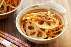 Kinpira vegetal japonês do prato Imagens de Stock Royalty Free