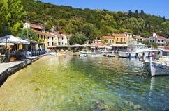 Kioni port i Ithaca Grekland Royaltyfri Bild