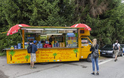 Kiosk auf dem Straßenrand-Tour de France 2014 Lizenzfreies Stockbild