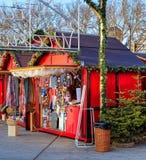 Kiosk av jul marknadsför i Zurich, Schweiz Arkivfoton