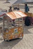 Kiosk die suikergoed en roomijs verkoopt Royalty-vrije Stock Foto