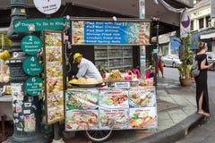 Kiosk i gatan Arkivbilder