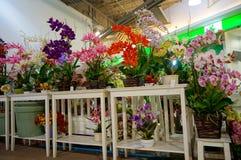 Kiosk som säljer blommor Royaltyfri Foto