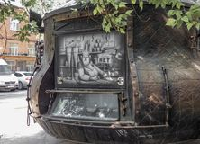 Kioskverkoop van dranken in de stijl van koffiepot royalty-vrije stock afbeelding