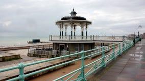 Kiosque à musique victorien sur le pilier, Brighton, Angleterre Image stock