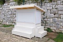 Kiosque blanc image libre de droits
